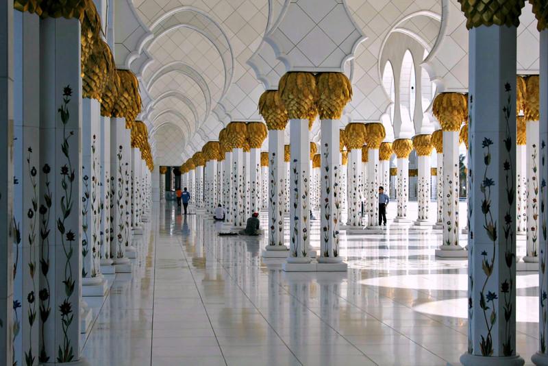 20091129_035_abu_dhabi.jpg