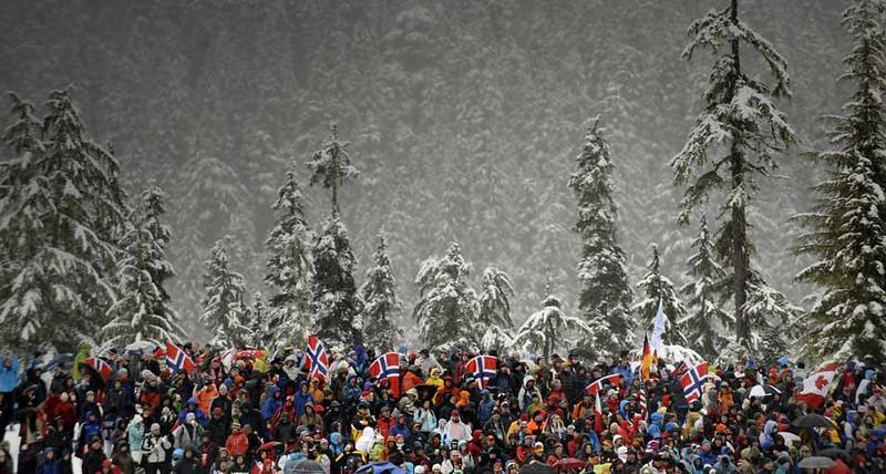 BiathlonSpectators_EN-US1521398519.jpg