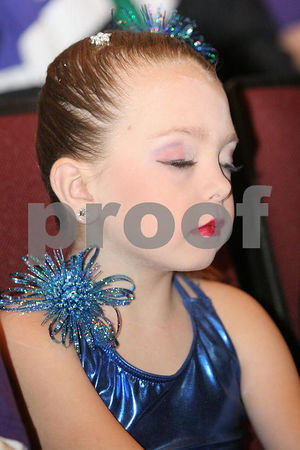 Rainbow Dance All Star Pee Wee Pom