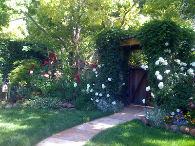 Kentfield Cottage Garden