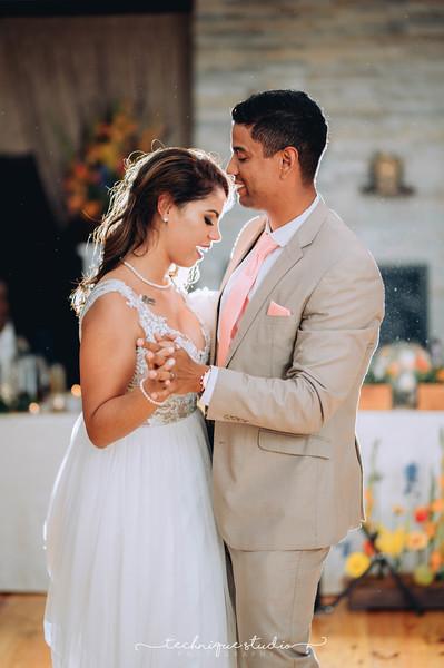 BRETT & CARMEN WEDDING PREVIEWS-131.JPG