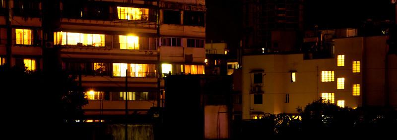 02: Night windows A quiet night in Bombay 13 February 2011 NIKON D90; 18-200 mm f/3.5-5.6; Pattern; 20.0 sec at f/10; ISO-200;