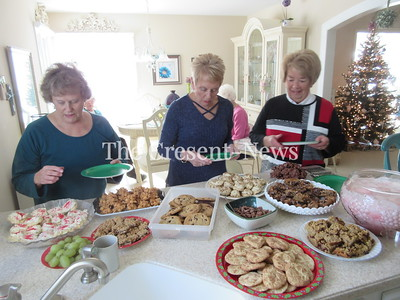 12-14-17 NEWS Cookie exchange
