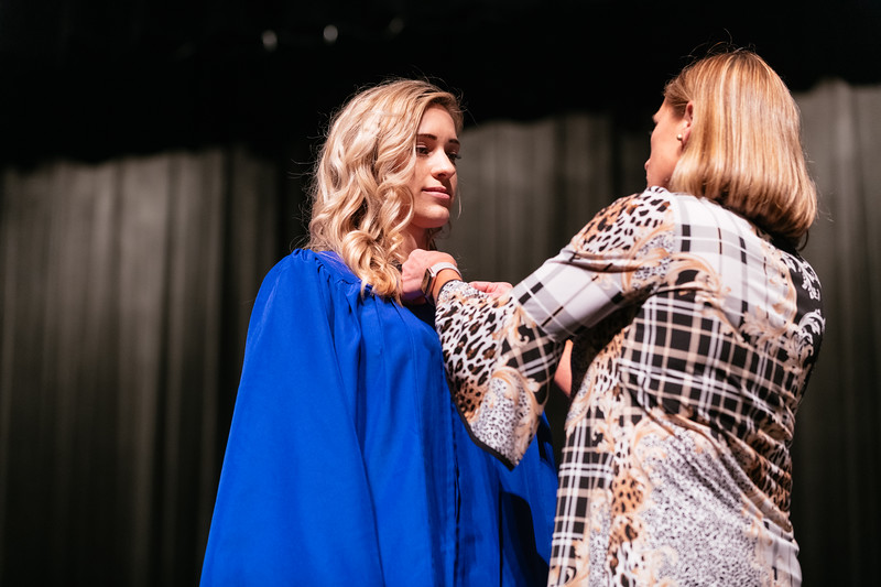 20190510_Spring Nurse Pinning Ceremony-9606.jpg