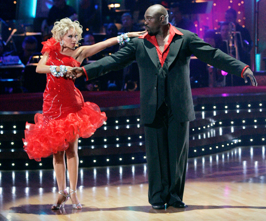". In this image released by ABC, Warren Sapp and his partner Kym Johnson perform on ""Dancing with the Stars,\"" Monday, Nov. 24, 2008, in Los Angeles.  (AP Photo/ABC, Kelsey McNeal)"