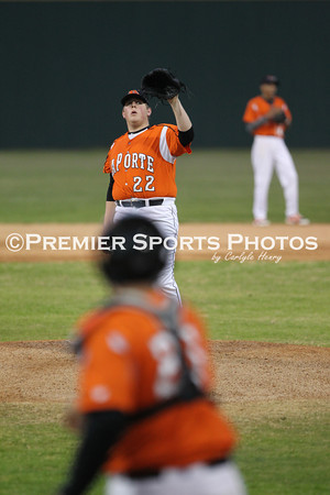 La Porte Varsity Baseball vs. Barbers Hill 2/17/2014