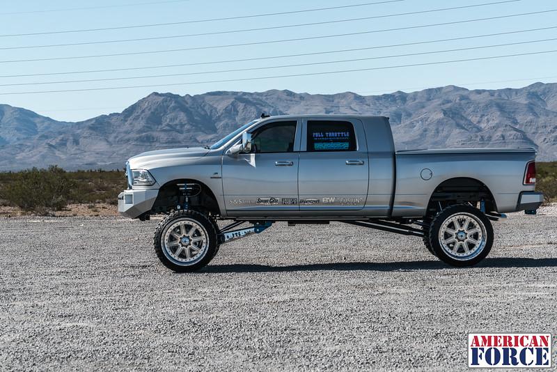 Ridin'-High-Silver-Dodge-Ram-161105-DSC02865-69.jpg