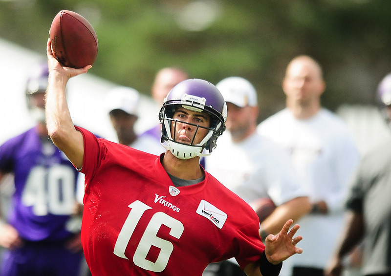 . Minnesota Vikings quarterback Matt Cassel throws a pass at Vikings training camp in Mankato, Minn., on Friday, July 26, 2013. (Pioneer Press: Ben Garvin)