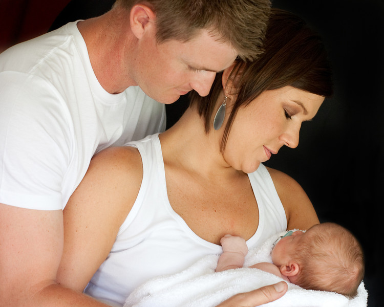 Natalie and Troy Baby Shoot (16 of 47).jpg