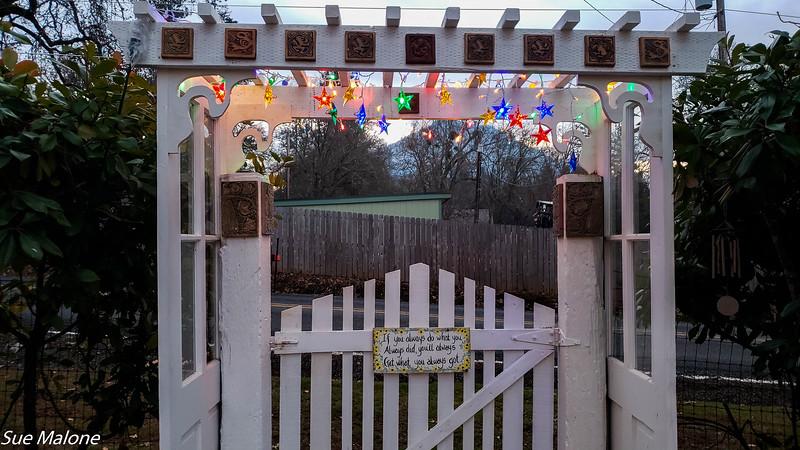 2018 Christmas outside-17.jpg