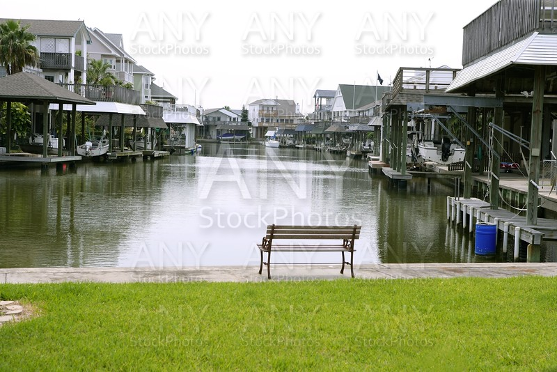 American houses in south Texas river boats