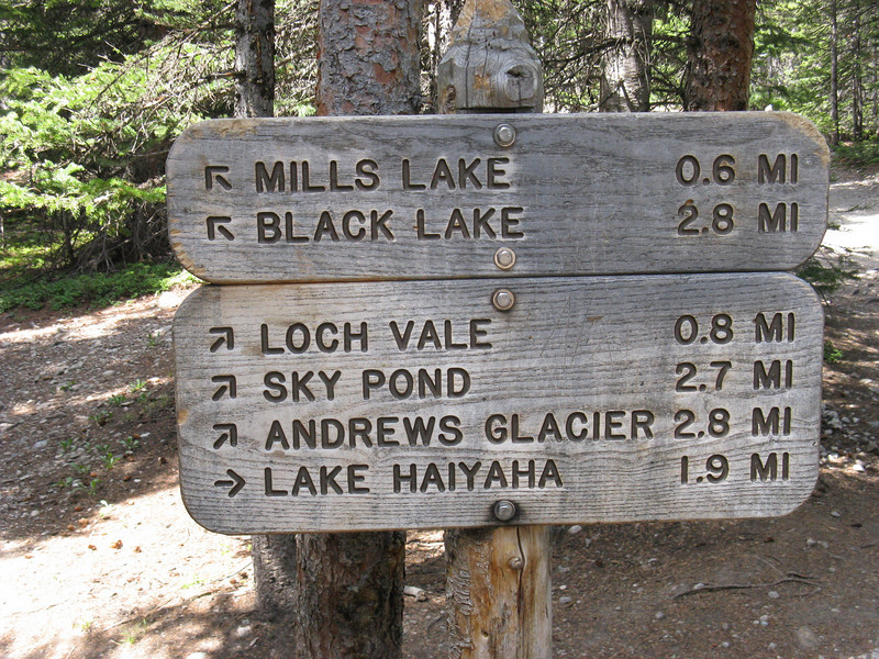 OK - final left turn now. .. I'll be camping midway between Mills & Black Lakes.