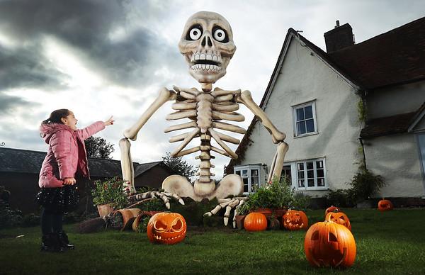 27/10/20 - Samsung Halloween House
