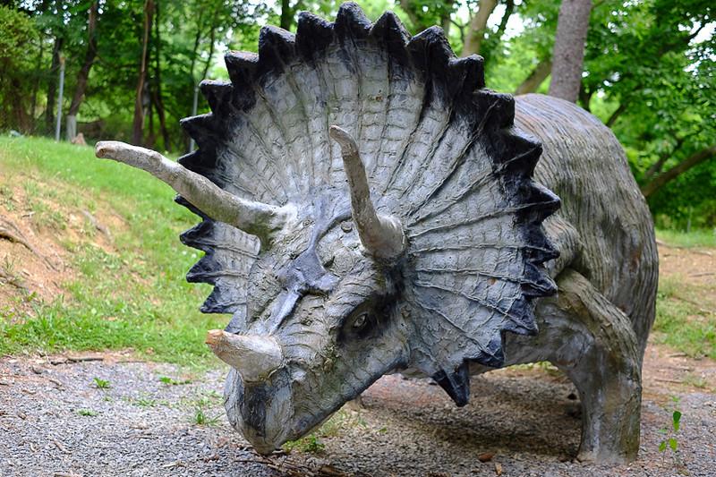 Dinolandss-12.jpg