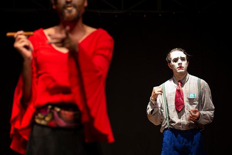 Allan Bravos - essenCIA Teatro - Persona 07-378.jpg