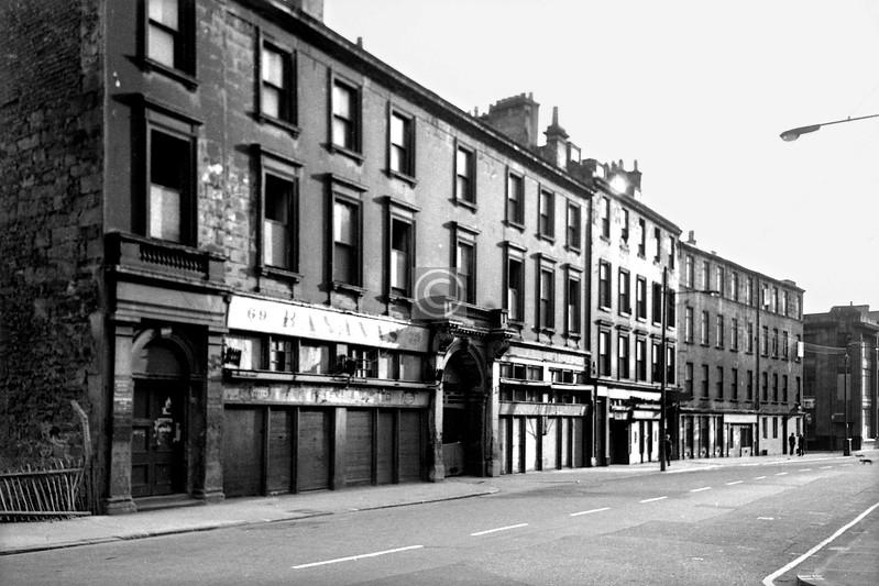 Ingram St, south side west of Albion St.   June 1975