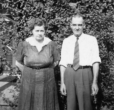 Mom & Dad Osborne0049.jpg