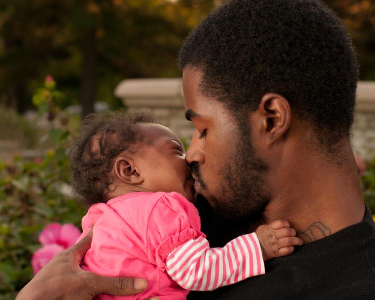 20110925-Peaches Family-6163.jpg
