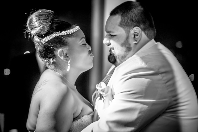 MEG_5581_tonya_josh_new jerrsey wedding photography.jpg