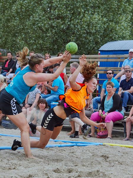 Molecaten NK Beach Handball 2015 dag 2 img 401.jpg