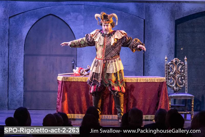 SPO-Rigoletto-act-2-263.jpg