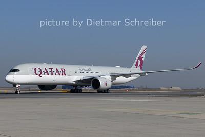 2021-02-26 Qatar A350-1000 @ VIE