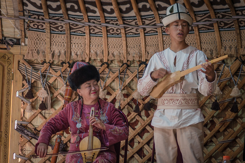 Traditional folk musicians  in South Shore of Lake Issyk-Kul.