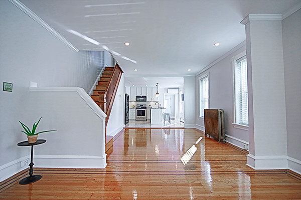 225 Green St - selected