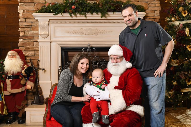 Santa2018.TylerBoye.-244.jpg