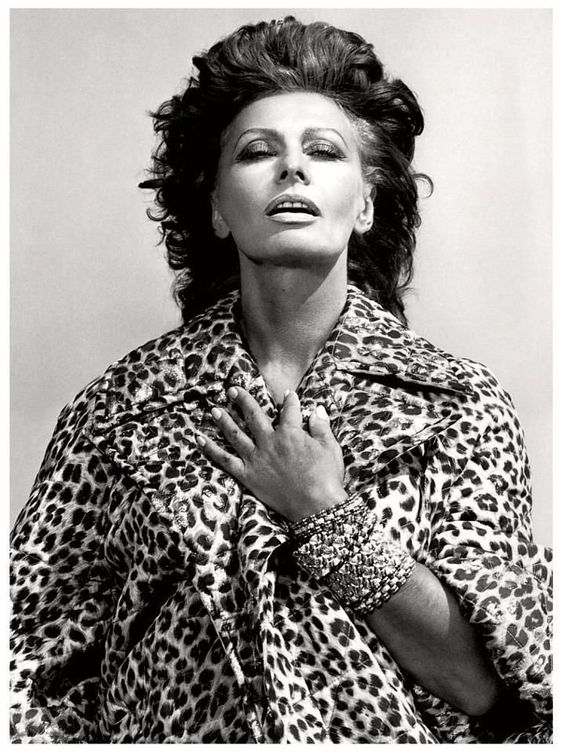 Famous Portrait Photographer - Helmut Newton