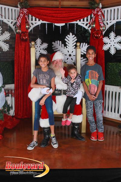 Santa 12-17-16-591.jpg