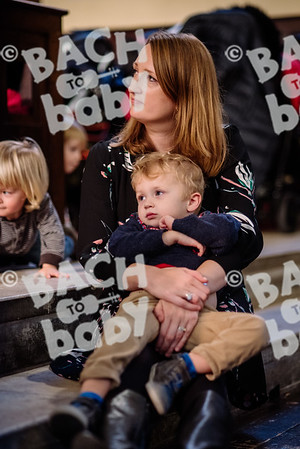 © Bach to Baby 2017_Alejandro Tamagno_Covent Garden Afternoon_2017-12-20 004.jpg