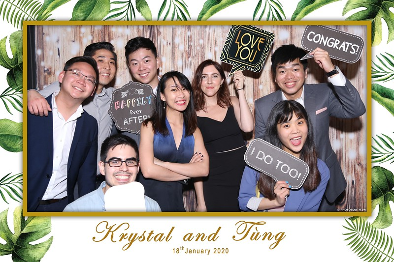 Krystal-Tung-wedding-instant-print-photo-booth-in-Ho-Chi-Minh-City-Chup-hinh-lay-lien-Tiec-cuoi-WefieBox-Photobooth-Vietnam-056.jpg