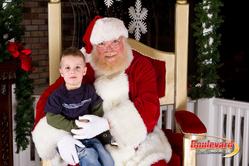 Santa Dec 8-68.jpg