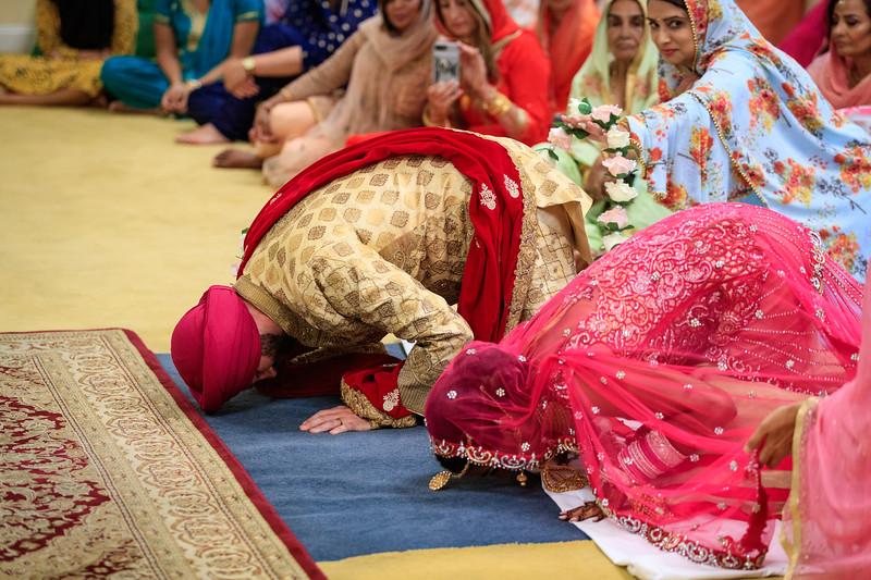 Neelam_and_Matt_Gurdwara_Wedding-1415.jpg