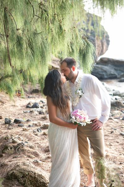 kauai wedding on shipwrecks-82.jpg