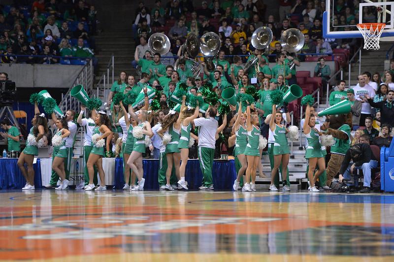 cheerleaders3442.jpg