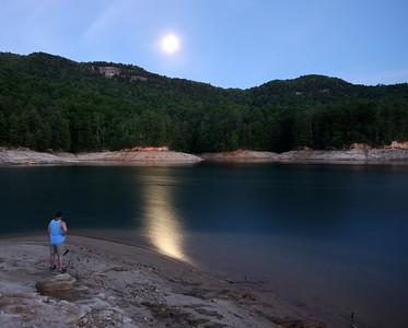 Jocassee Moonlight 5-17-08