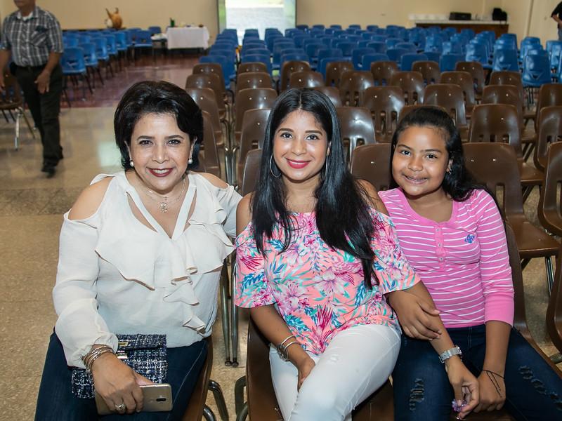 2019.11.28 - Misa Acción de Gracias Seniors 2019 Colegio Teresiano (1).jpg