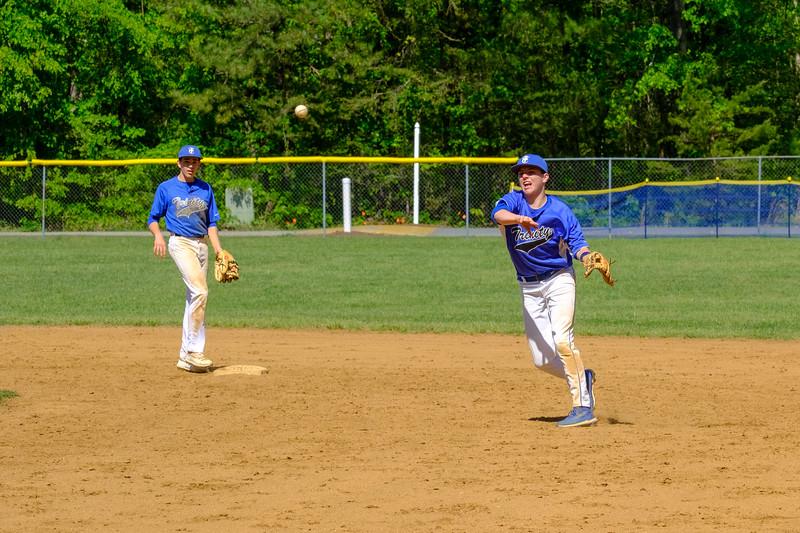 TCS Varsity Baseball 2019-305.jpg