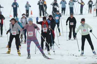 2010-01-16 Frosty Freestyle: Women's 15K Start