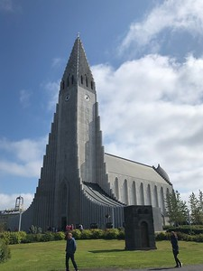 DE kerk van Reykjavik