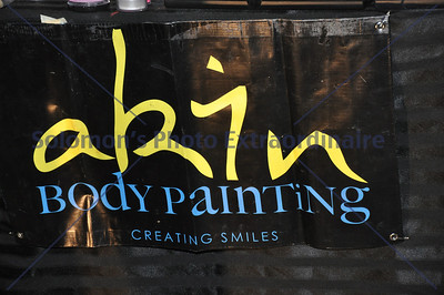 Akin Body Painting