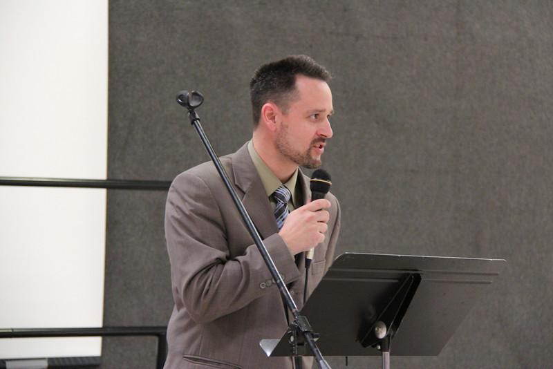 Pastor Kevin Roach,  praying for pastors