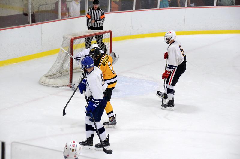 141004 Jr. Bruins vs. Boston Bulldogs-086.JPG