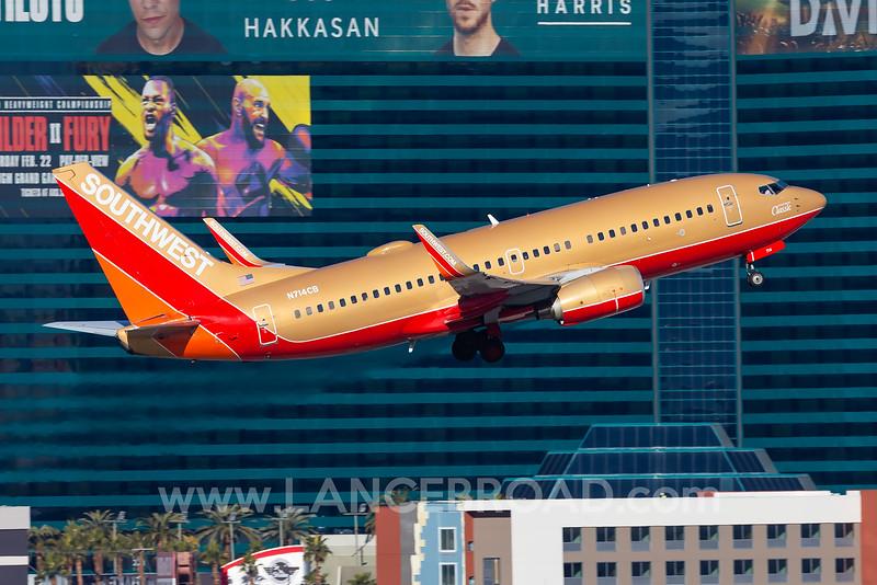 Southwest 737-700 - N714CB - LAS