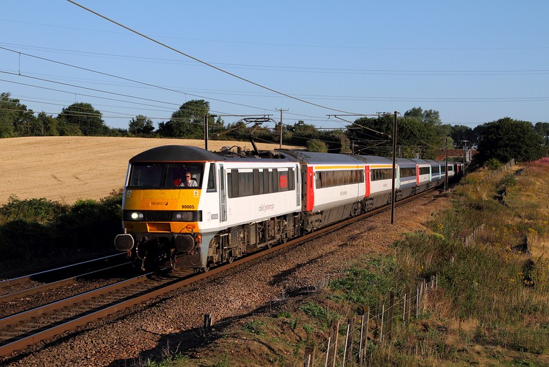 90005 on the 1P07 0625 Norwich to London Liverpool Street at Baylham on the 4th August 2015.JPG