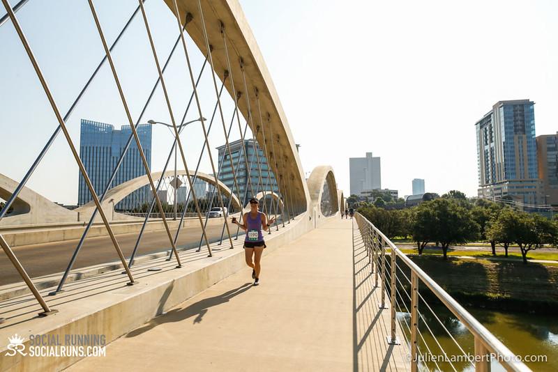 Fort Worth-Social Running_917-0571.jpg