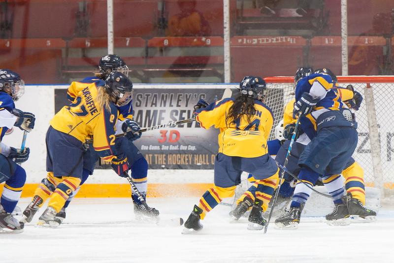 20130310 QWHockeyvsUBC 551.jpg