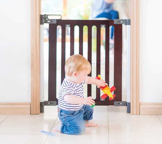 Fred_Stairgates_Screw_Fit_Wooden_Gate_Lifestyle_baby_playing.jpg